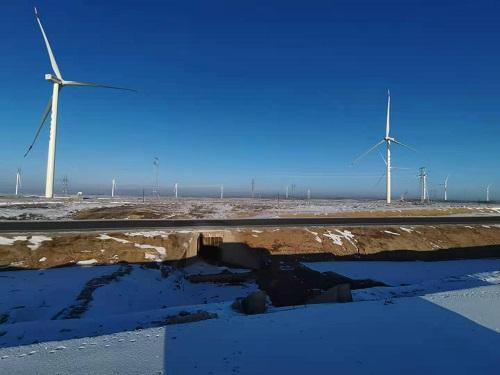 鲁能马鬃山第一风电场A区200MW工程,是国家西部大开发重点能源建设项目