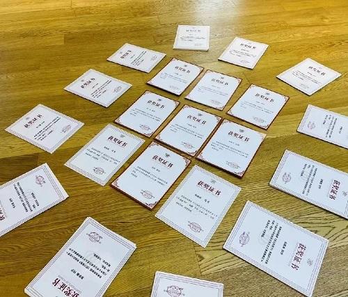 3场赛事,64块奖牌,频传佳绩的爱德米乐艺术教育即将迎来戏剧表演学科全面升级