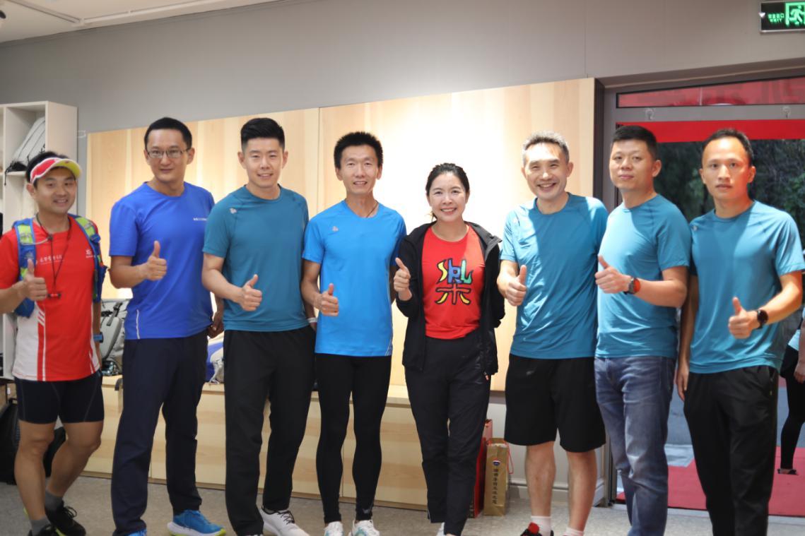 思凯乐SCALER北京奥森店开业,携手金牌教练尚子明成立风尚跑步俱乐部